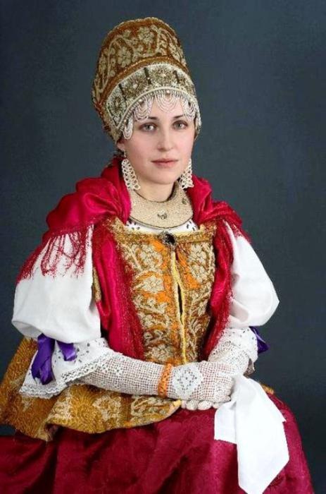 Русское народное платье без рукавов