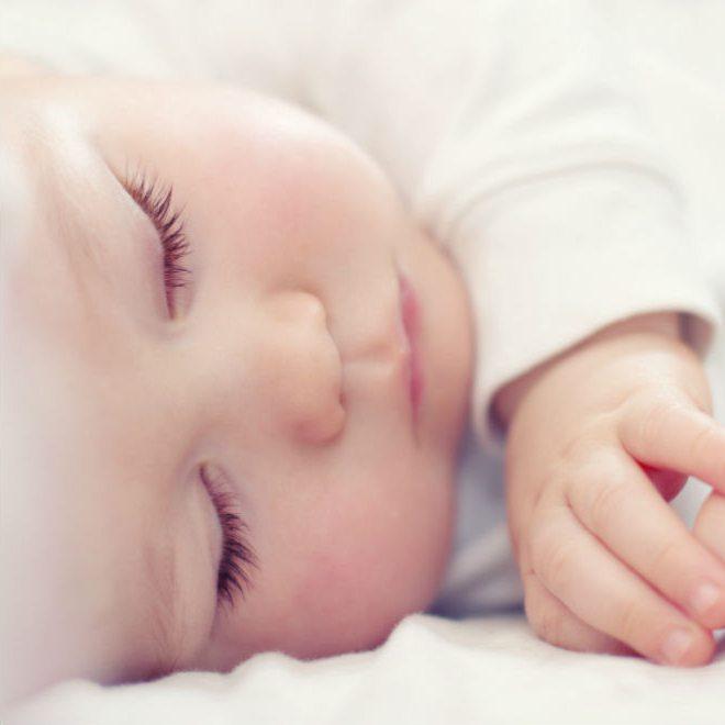 Как чистить носик новорожденному: 4 способа