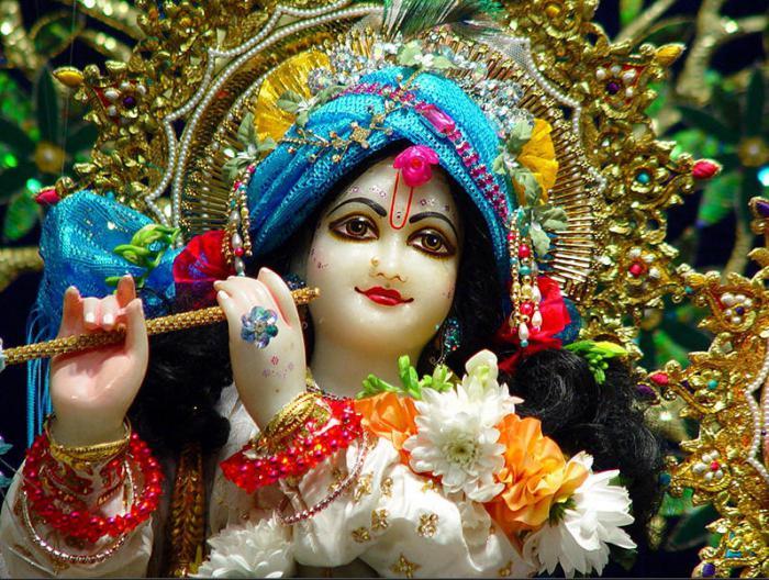 С кожей какого цвета принято изображать индуистского