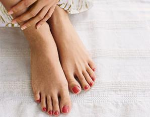 Отекают ноги варикоз лечение