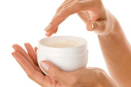 Вазелин для чего используют? Состав вазелина, как использовать вазелин для лица?