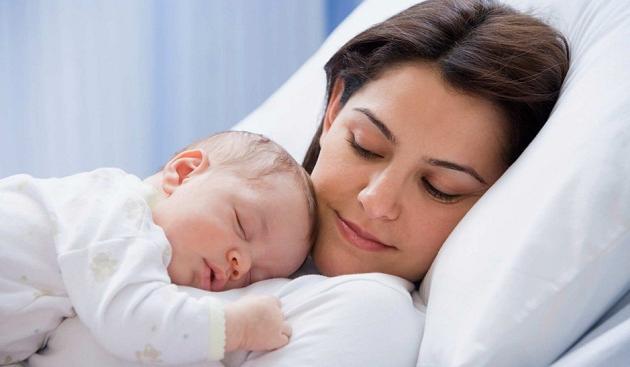 Восстановление менструального цикла после родов: особенности, сроки, осложнения