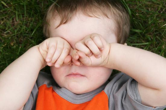 детских почему ребенок трет глазки лучший отель Вардане