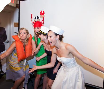 Характеристика гостей на свадьбу в форме конкурса с призами