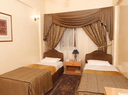 Royalton Hotel Dubai 2