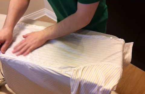 Как гладить рубашку с длинным рукавом правильно?