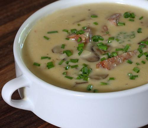Смачный суп из замороженных опят
