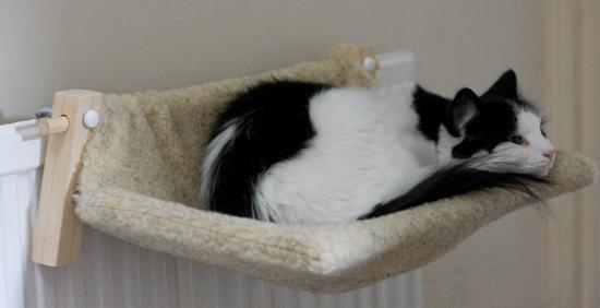 гамак на радиатор для кошки