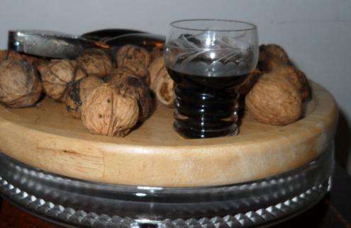 самогон настойка на грецких орехах
