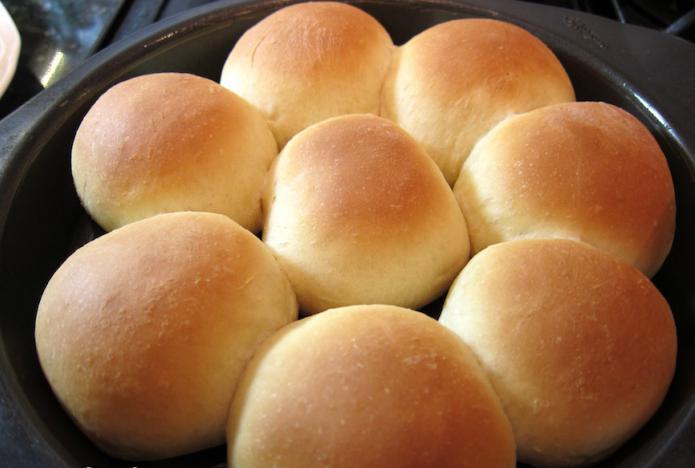 простой рецепт булочек на дрожжах в духовке с