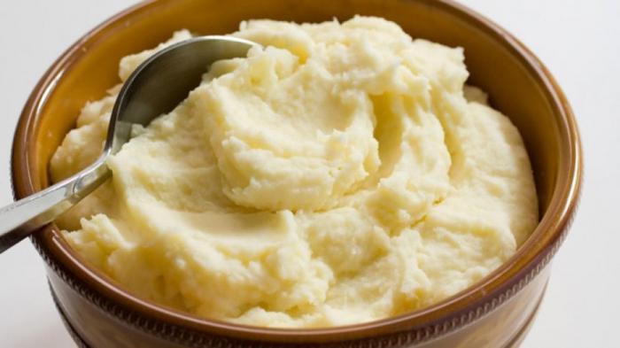 когда солить картошку при варке на пюре