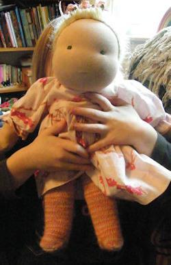 Как сделать куклу из капрона