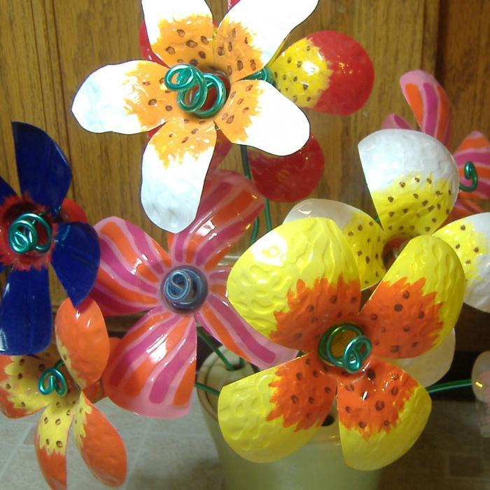цветы из пластиковых бутылок мастер класс