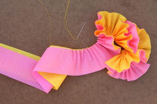 сделать цветок из бумажной ленты