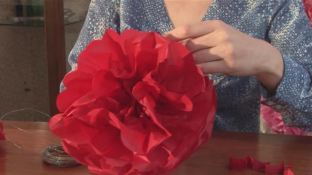 как сделать бумажный шар цветок