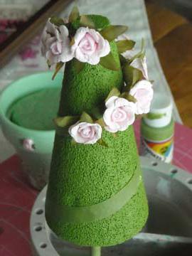 Ветка розы с бутонами фото