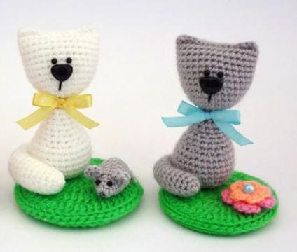 вязаные игрушки коты крючком