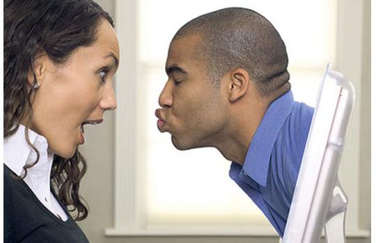 как предложить девушке знакомства