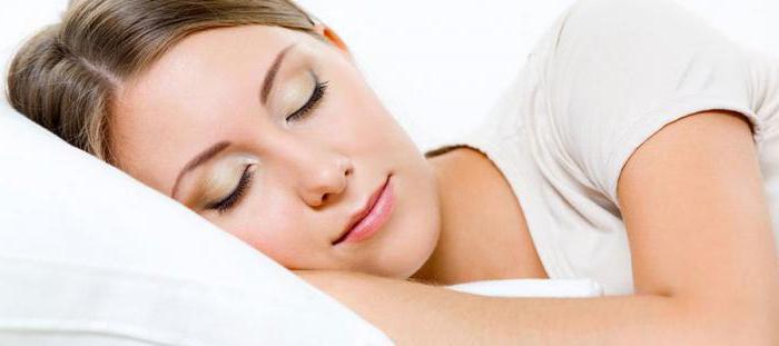 Какать во сне: что означает?
