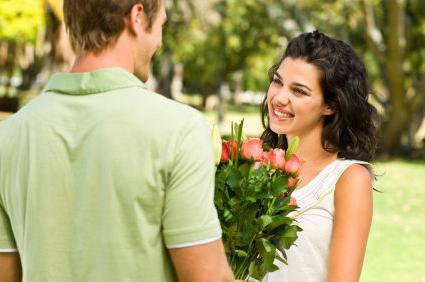 что нужно делать как познакомится с девушкой