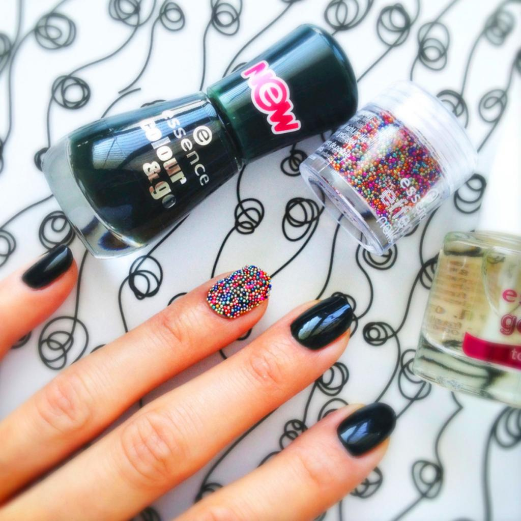 Manicure with broths