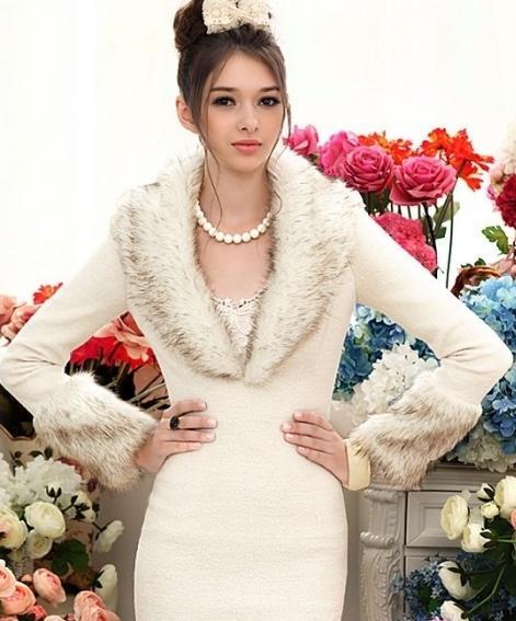 Шерстяное платье с мехом