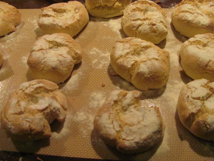 рецепт булочек с сахаром в духовке на молоке