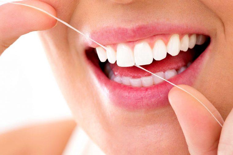 Средство от зубного камня: профессиональные и народные методы удаления