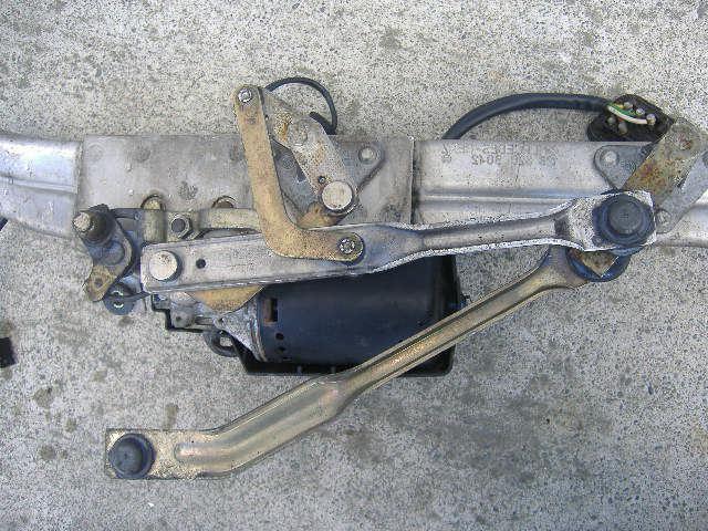заменить моторчик сдеклоомывателя