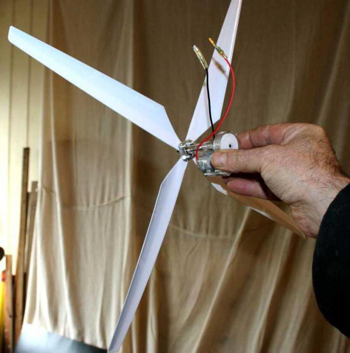Как сделать простой ветряк своими руками 6
