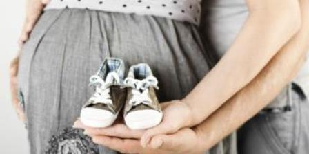 Когда начинает отходить пробка при беременности
