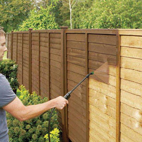 чем покрасить забор из дерева фото конструкции нет каких-либо