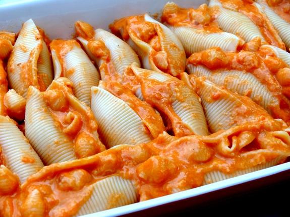 pasta with tomato paste