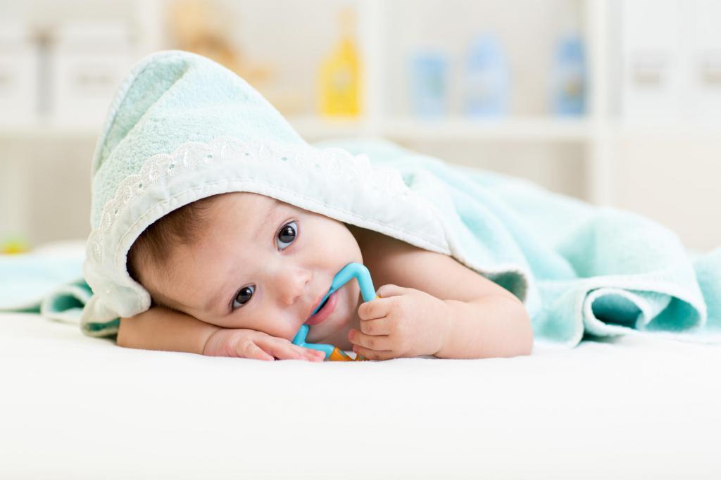 у ребенка голова горячая а температуры нет
