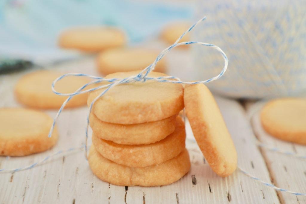 простое песочное печенье на маргарине без яиц