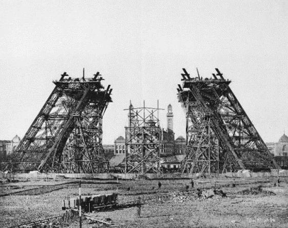 сколько метров эйфелева башня