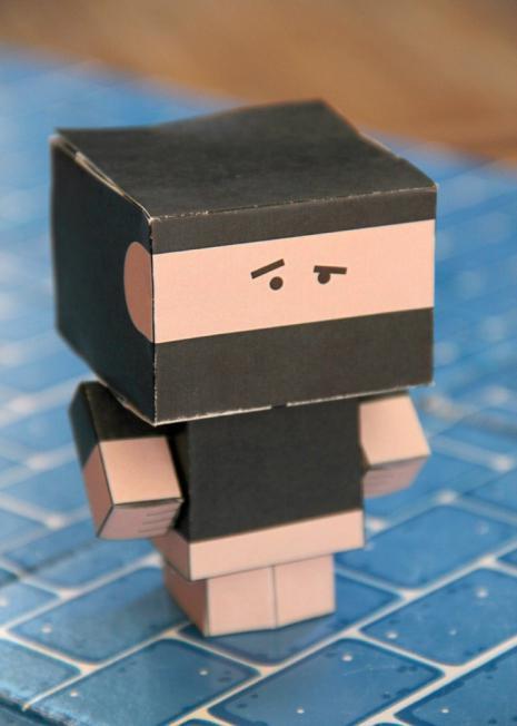 Как сделать из бумаги квадрат