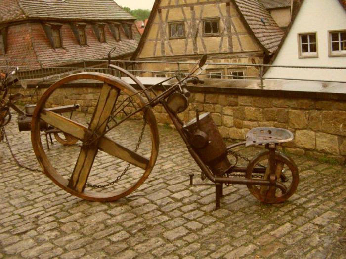 в каком году изобрели велосипед