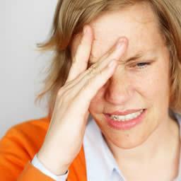 Болит шея и голова причины