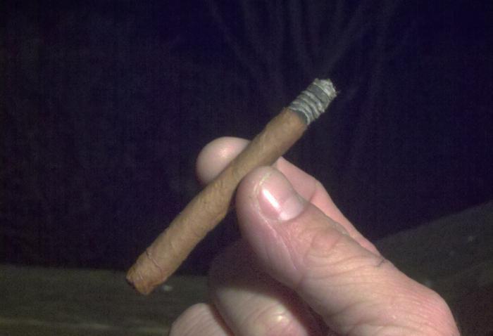 Как нужно курить сигариллы