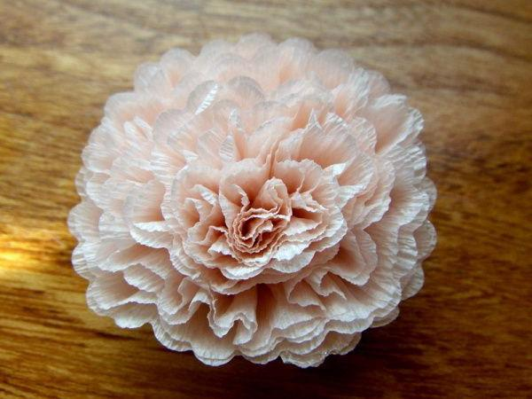 Цветы пионы из гофрированной бумаги