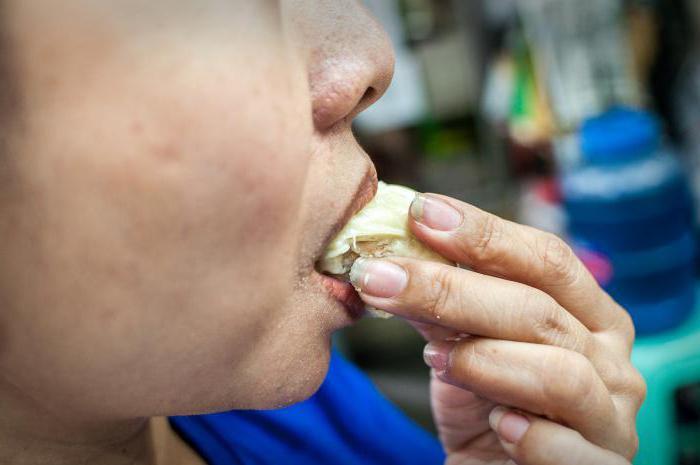 Дуриан: чем пахнет, какой на вкус, как его едят