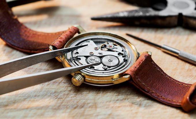 Поменять стекло на наручных часах купить часы хаблот швейцария