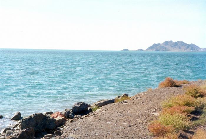 Где находится Каспийское озеро