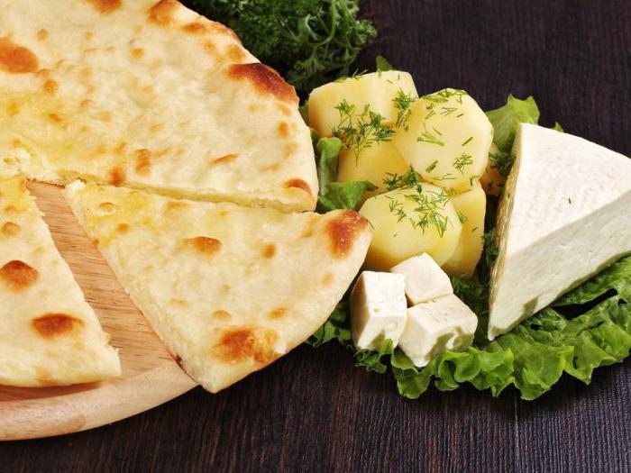 осетинский пирог с картошкой и с сыром