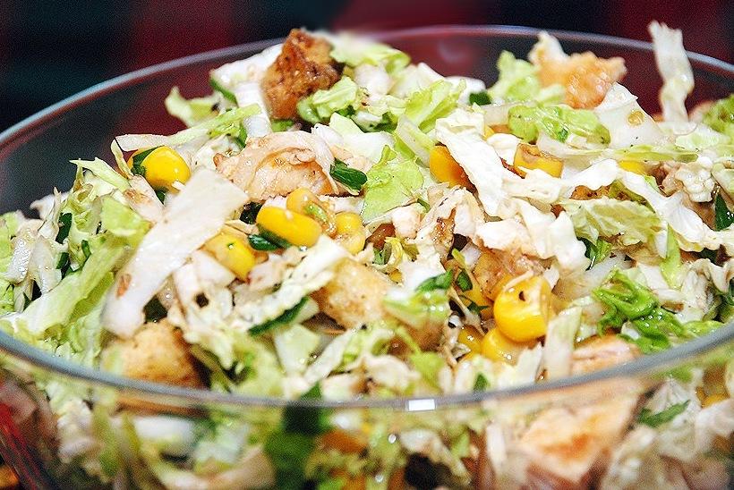 Вкусный салат из пекинской капусты фото