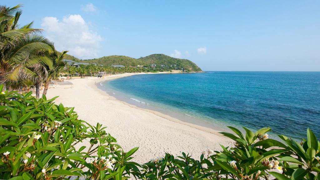 Город-курорт Санья в Китае: описание, туристический сезон, пляжи, отели, отзывы
