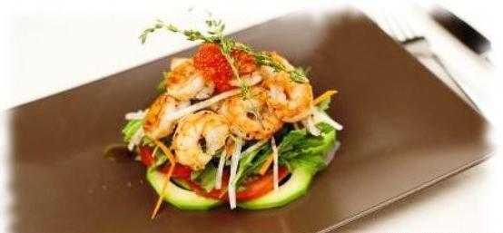 салат с авокадо и морепродуктами рецепт с фото