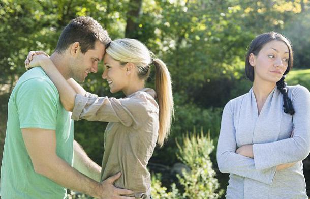 Способы, как отвадить мужа от любовницы