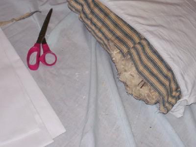Как в домашних условиях постирать перьевую подушку